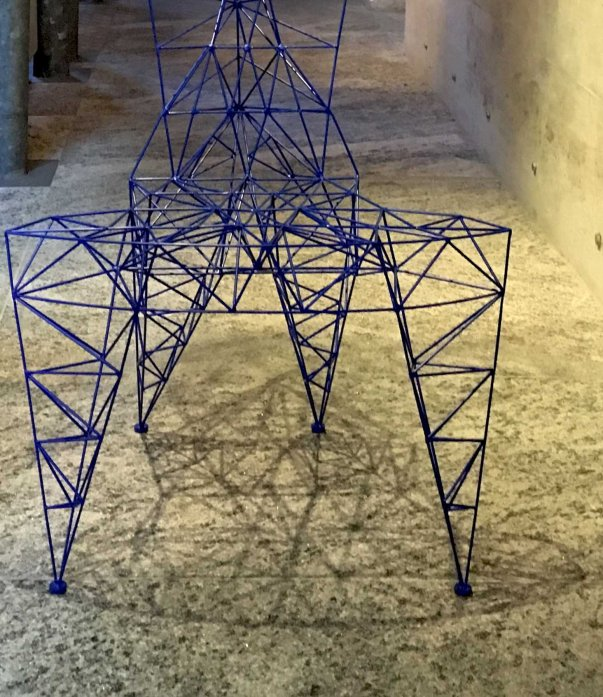 Pylon Chair * Tom Dixon